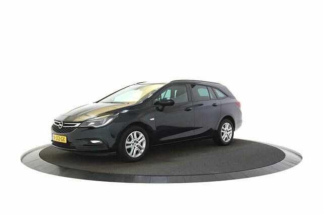 Opel Astra Sports Tourer - 1.0 Business+