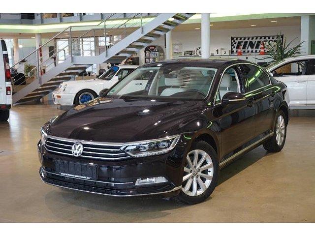 Volkswagen Passat - Highline 1.8TSI DSG LED Navi StandHZG ACC