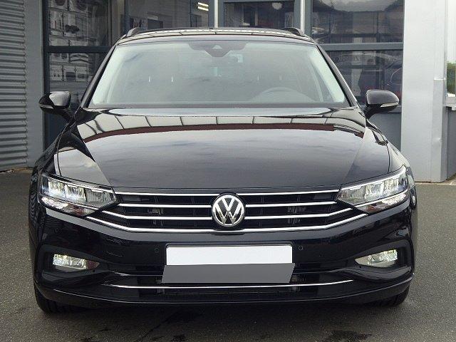 Volkswagen Passat Variant - Business TDI DSG +AHK+17 ZOLL+APP