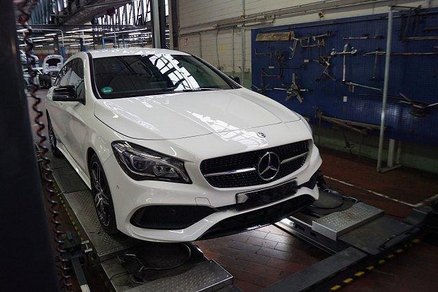 Mercedes-Benz CLA Shooting Brake - 200 SB AMG Line Night AHK LED Navi Kamera AH