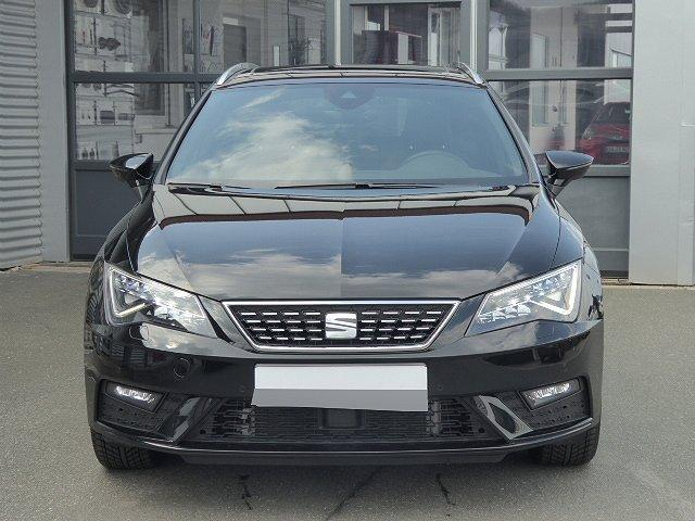 Seat Leon Sportstourer ST - Xcellence TSI DSG +AHK+17 ZOLL+PANORAMA+