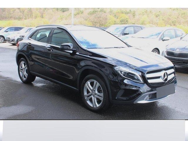 Mercedes-Benz GLA - 180 Score Xenon RFK SHZ aktiver Parkassistent