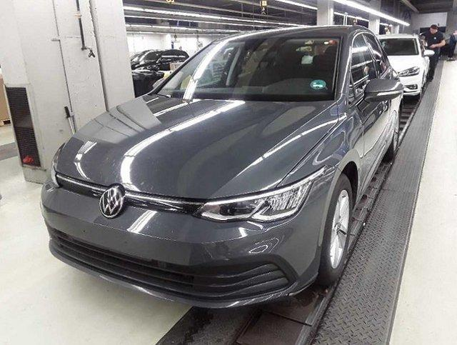 Volkswagen Golf - VIII 2.0 TDI DSG Life ACC Navi DAB App Connec