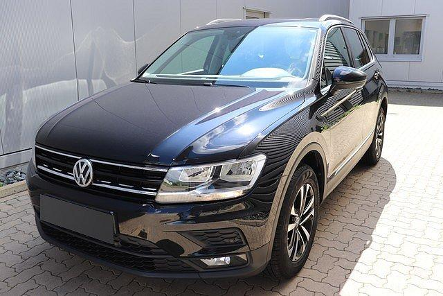 Volkswagen Tiguan - 2.0 TDI 4M DSG Comfortline Navi,AHK,Pano,Ac