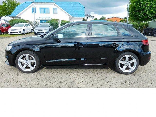 Audi A3 - 1.5 Sportback BMT TFSI DSG Naiv Klima