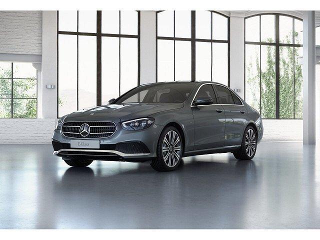Mercedes-Benz E-Klasse - E 300 de 4M Avantgarde ABC Pano Memo HUD Sitzkli