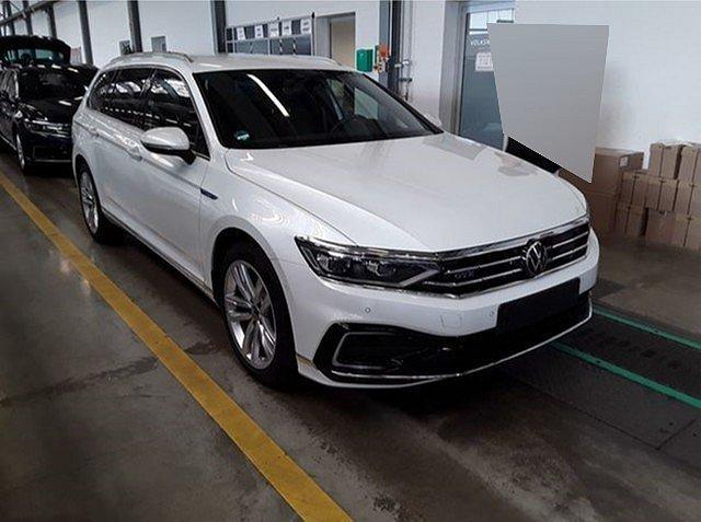Volkswagen Passat Alltrack - Variant GTE 1.4 TSI DSG IQ.Light ACC Standh