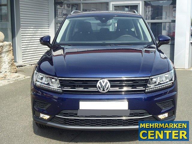 Volkswagen Tiguan - Highline TSI DSG +18 ZOLL+AHK+EASY OPEN+A