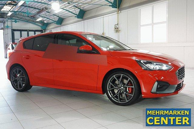 Ford Focus - 2,3 ECOBOOST AUTO. 5T ST STYLING-PAKET PERFORMANCE NAVI LED LM19