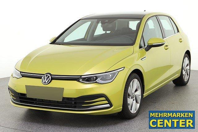 Volkswagen Golf - 8 VIII 1.5 eTSI DSG Style First Edition DCC A