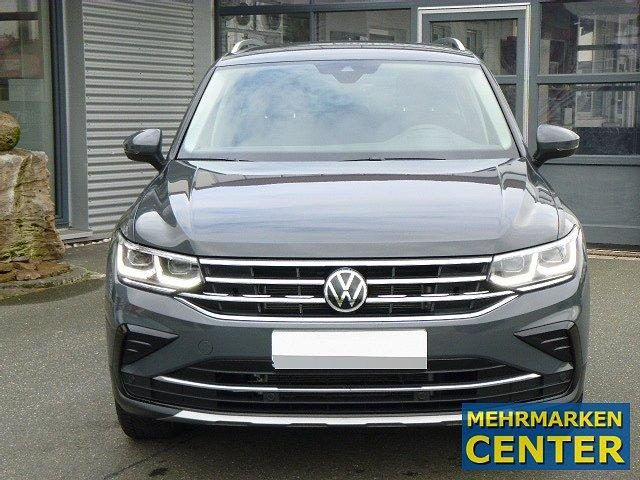 Volkswagen Tiguan - Elegance NEUES MODELL TSI DSG +18 ZOLL+AC