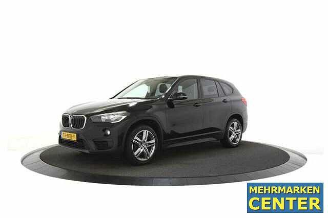 BMW X1 - sDrive18i 136 PK Navi klima