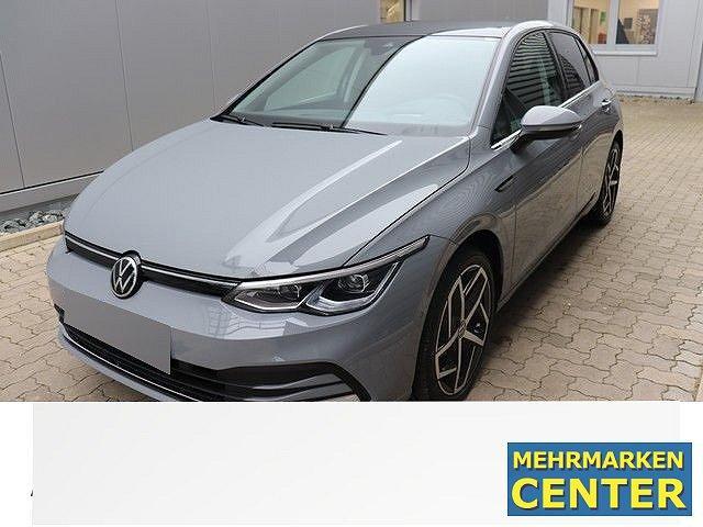 Volkswagen Golf - VIII 1.5 TSI Style Navi,Pano,LED,LM18,Active Info