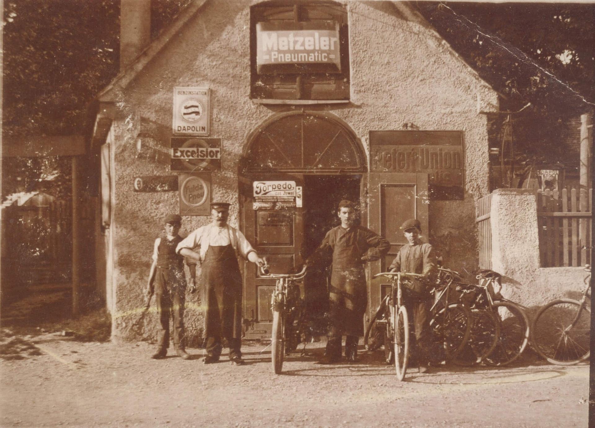 Firmengeschichte - Werkstatt alt