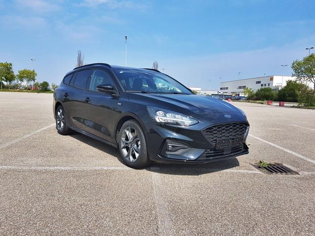 Ford Focus Turnier - ST-Line A8 Voll LED/Navi/Kamera/Klimaau./5-JG