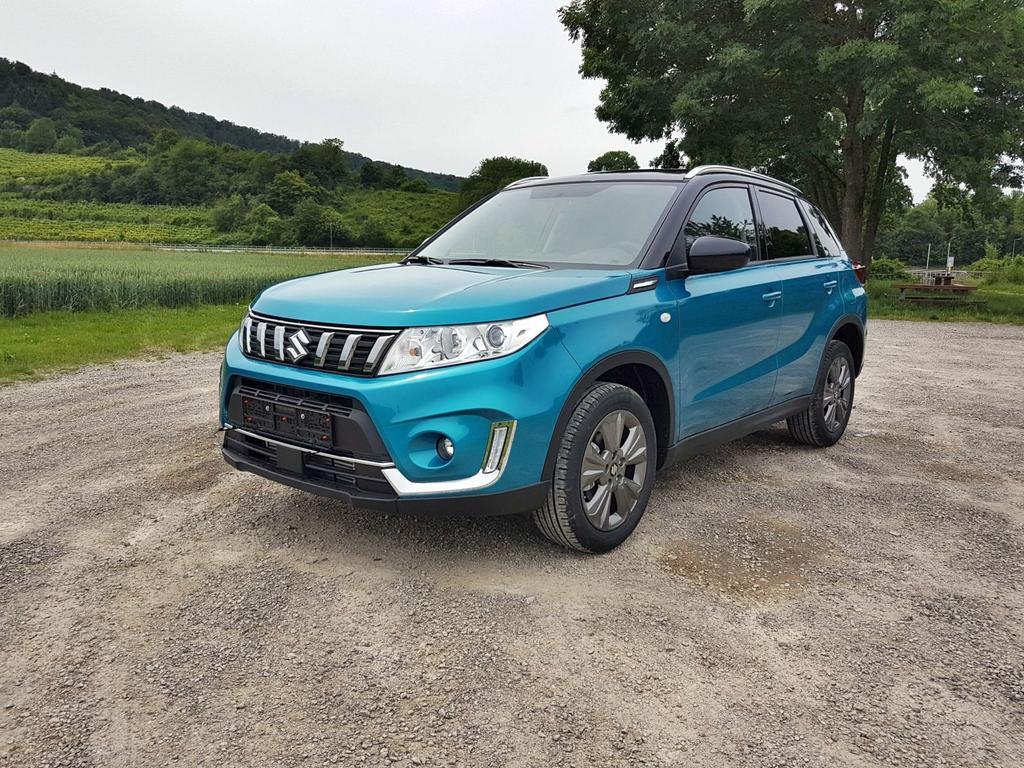 Suzuki / Vitara /HU/ / Blau /  /  /