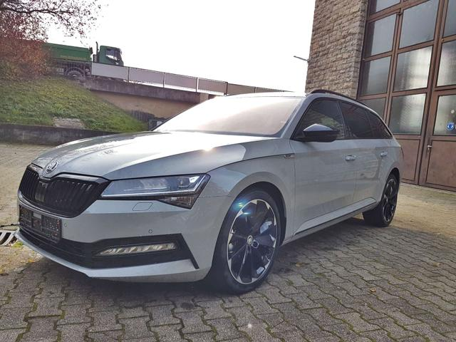 Skoda / Superb 2019 / Grau /  /  /