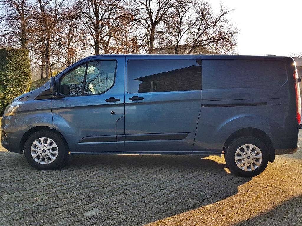 Ford / Transit Custom DOKA /HU/ / Blau /  /  /
