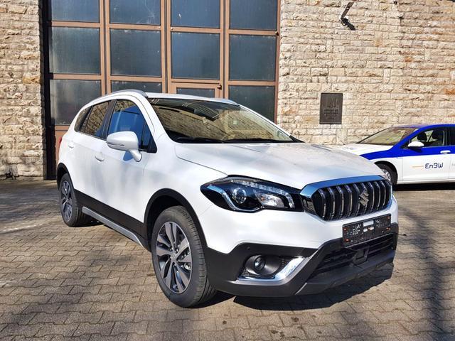 Lagerfahrzeug Suzuki SX4 - Comfort Plus 1.4 BJet Hybrid 4WD Navi LED AAC LMF SHZ TEMP PDC Kamera
