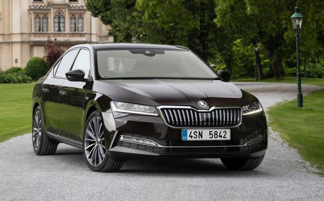 Skoda Superb L&K 2,0 TSI DSG 4x4 Columbus Leder StHz Canton LED Matrix