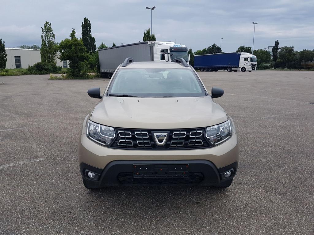 Dacia / Duster / Beige /  /  /