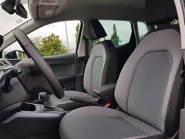 SEAT / Arona / Schwarz /  /  /