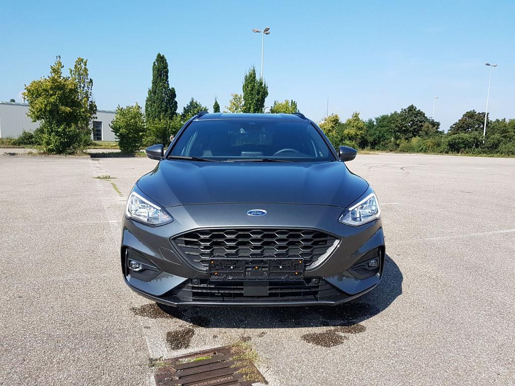 Ford / Focus Turnier / Grau /  /  /