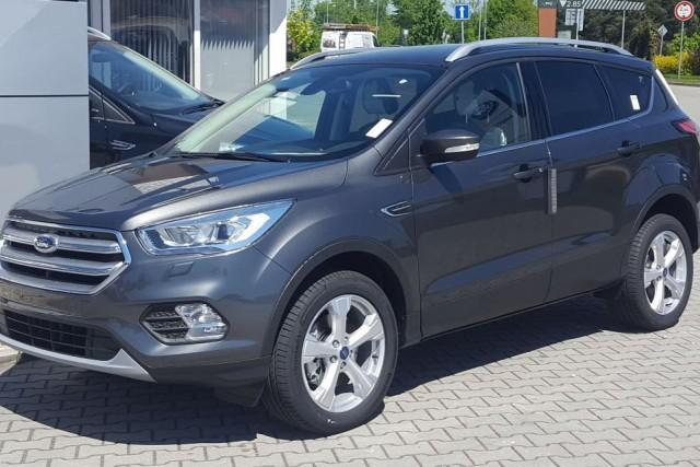 Ford Kuga - 1.5 EcoBoost 110kW 2x4 Business - Magnetic-Grau
