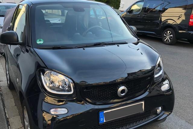 Lagerfahrzeug Smart fortwo cabrio - Coupé 52kW EZ 03/2017