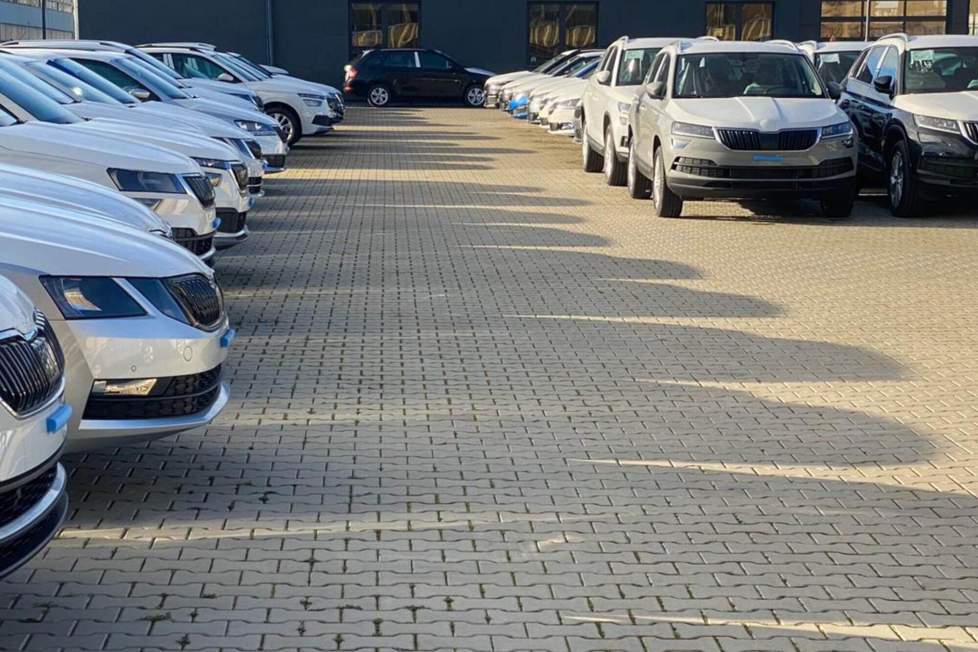Deineuneuwagen.de Ihr Spezialist für Neufahrzeuge & EU-Neuwagen