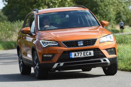 seat ateca c style 2 0 tdi 110kw 6 gang schaltgetriebe. Black Bedroom Furniture Sets. Home Design Ideas