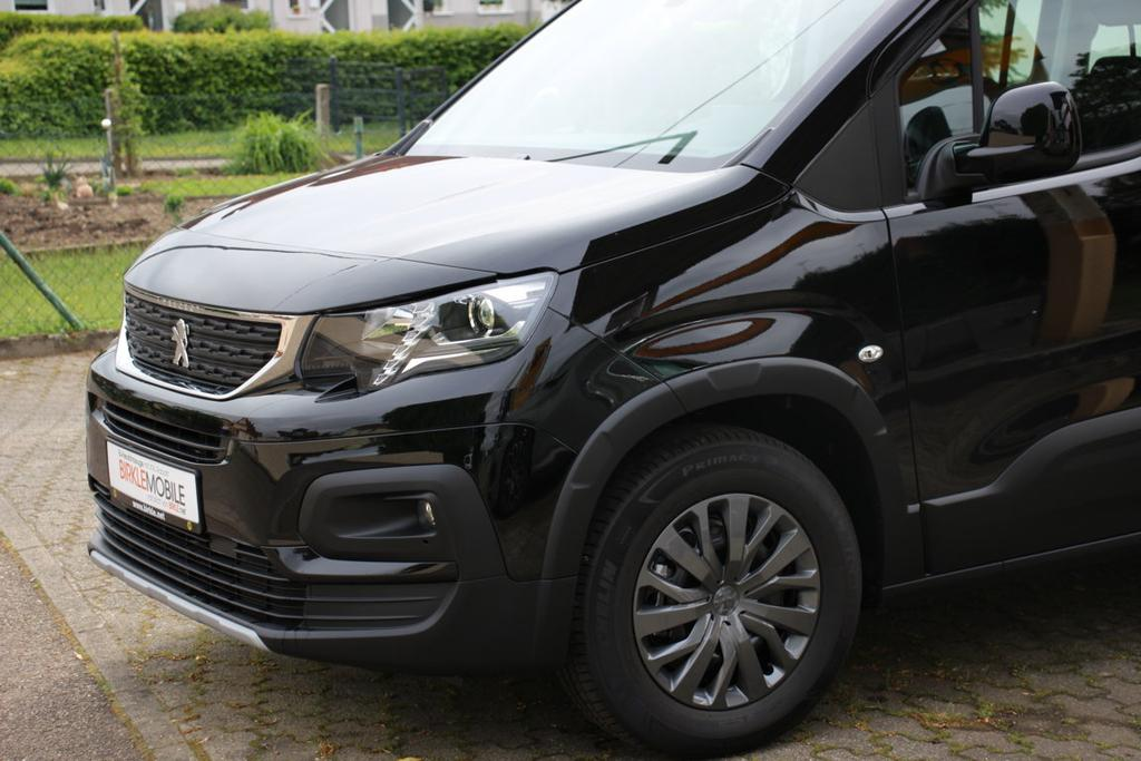 Peugeot Rifter 2020 mit XXL Rabatt bei Birkle Mobile in Reute bei Freiburg EU-Neuwagen zum besten Preis unter www.autlet24.de