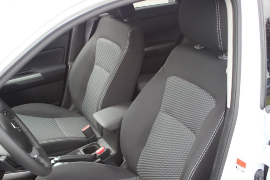 vitara GL+ Comfort+ Plus 2020 2021 1.4 BoosterJet mHEV 95 kW black 5-Speichen-Design 17 Zoll