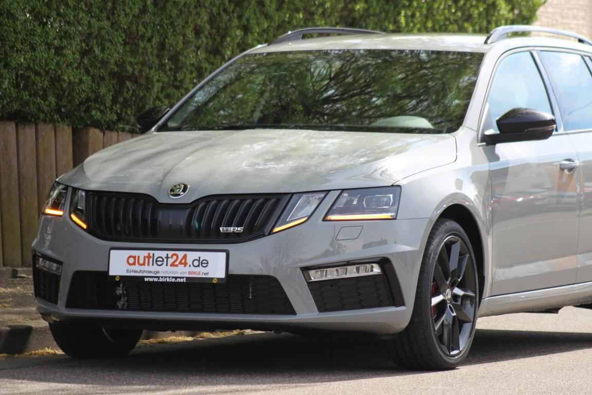 Skoda Octavia RS steel grey