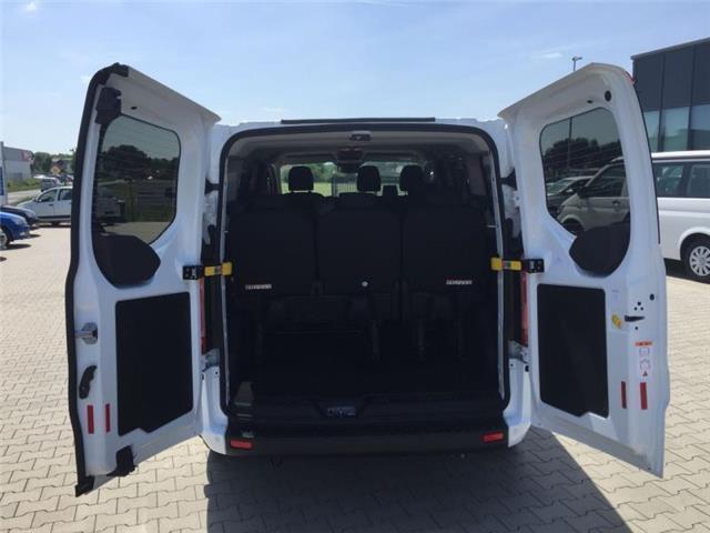 """Ford Transit Custom - """"Trend"""" (7) 9 Sitzplätze, Klimaanlage, Parksensoren vo/hi, Nebelscheinwerfer, Lederlenkrad, Tempomat, Radio DAB/USB/Bluetooth, Sicht-Paket 2 inkl. Frontscheibenheizung/Außenspiegel elektrisch einstell-/beheiz-/anklappbar/Regensensor, Schiebetür rechts, Reserverad Bestellfahrzeug, konfigurierbar"""