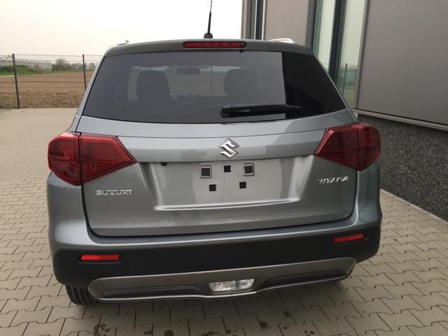 """Suzuki Vitara """"GL+"""" (5) 17-Zoll-Leichtmetallräder, Klimaautomatik, Sitzheizung vorn, Alarmanlage, Dachreling, Privacy Glas, Rückfahrkamera, Audio-Bluetooth, Tempomat, Lederlenkrad, Nebelscheinwerfer, Mittelarmlehne 4x elektr. Fensterheber"""
