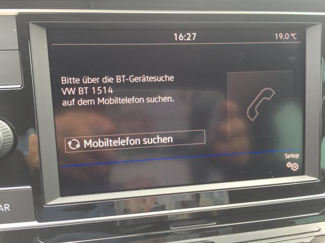 """Volkswagen Polo """"Comfortline"""" (4) 1.0 TSI 95PS, Limestone-Grey Metallic, 5 Türen, Winter-Paket, Multifunktions-Lederlenkrad, Parksensoren vorn und hinten, Klima, Mittelarmlehne vorn, Nebelscheinwerfer, Reserverad, Radio Composition Colour/USB/Bluetooth-Freisprecheinrichtung, variabler La"""