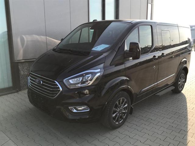 "Vorlauffahrzeug Ford Tourneo Custom - ""Titanium-X"" (7) L1H1 2.0 TDCi 185PS AUTOMATIK, Agate-Black Metallic, 8-Sitze, Leder, Navi, Xenon, Rückfahrkamera, Parksensoren vorn/hinten, 17"" Alu, Doppel-Klima, Sitzheizung, Alarmanlage, Privacy Glas, Tempomat, Reserverad, Schiebetüre links/rechts, Frontscheibe beh"