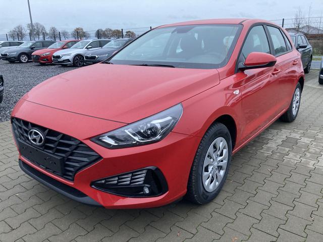 """Lagerfahrzeug Hyundai i30 - """"Start"""" (1) 1.5 Benziner 110PS, Rot, Klimaanlage, Tempomat, Radio/DAB/Bluetooth, Alarmanlage, Spurhalteassistent, Müdigkeitserkennung, Zentralverriegelung mit Fernbedienung, Nebelscheinwerfer, Reserverad, elektr. Fensterheber vorne"""