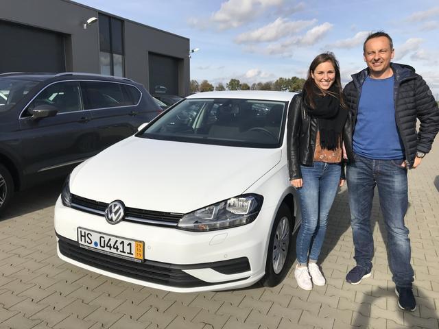 Uebergabe an Kunde Spenninger VW Golf Reimport guenstig kaufen