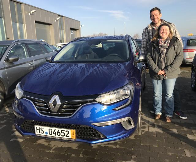 Uebergabe an Kunde Hummel Renault Megane Grandtour Reimport guenstiger kaufen