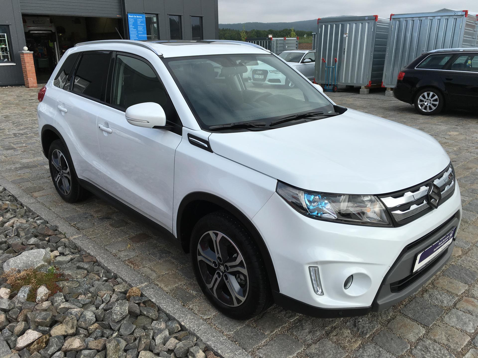 suzuki vitara 1 6 ddis 4wd automatik glx navi pano led 17 39 39 leder sofort diesel wei met. Black Bedroom Furniture Sets. Home Design Ideas