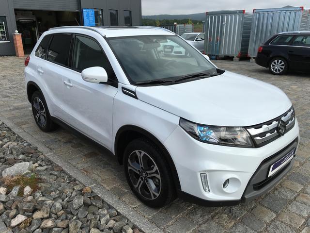 Suzuki Vitara - 1.6 DDiS 4WD AUTOMATIK GLX NAVI-PANO-LED-17''-LEDER-SOFORT Gebrauchtfahrzeug