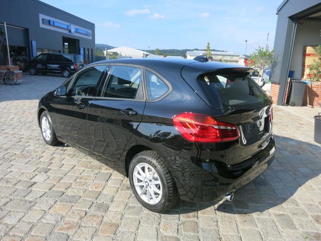 BMW 2er Active Tourer - 218d Automatik-Navi Business-SHZ-Klimaauto-Rückfahrkamera-Sofort