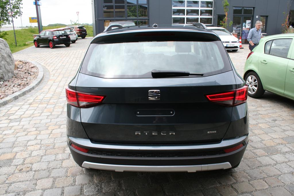 seat ateca 1 5 tsi 150 ps dsg navi r ckfahrkamera aktion. Black Bedroom Furniture Sets. Home Design Ideas
