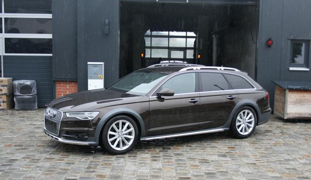 Lagerfahrzeug Audi A6 allroad quattro - 3.0 TDI 272 PS Allrad-Leder-Automatik-Navi-LED-Bose-Kamera-Sofort - HAMMER AUSVERKAUF!!!