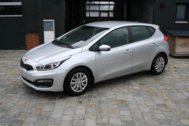 Kia cee'd - 1.6 CRDI 136 PS Edition-PDC-Bluetooth-Multifunkions Lederlenkrad-Klima-SHZG-TOP AKTION Sofort