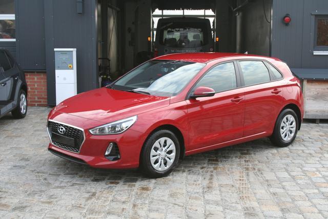 Hyundai i30 - 1.4i 100 PS Classic-SHZ-Klima-Fernlichtassistent-NSW-Bluetooth-Tempomat-PDC-Sofort