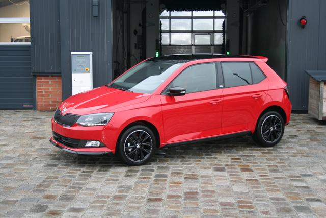 Skoda Fabia - 1.0 TSI 95 PS-AKTION- Monte Carlo-Glasdach- Front Assistent-PDC-Climatronic-MFL-Sofort