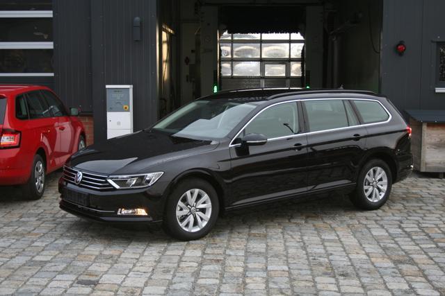 Volkswagen Passat Variant - 2.0 TDI 150 PS Automatik-Navi-Front Assistent-PDC Vu.H-Climatronic-Bluetooth-TOP Sofort